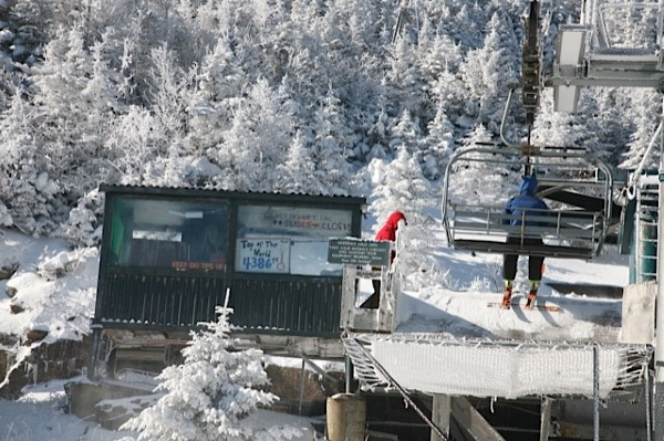 Summit Lift Operators Shack
